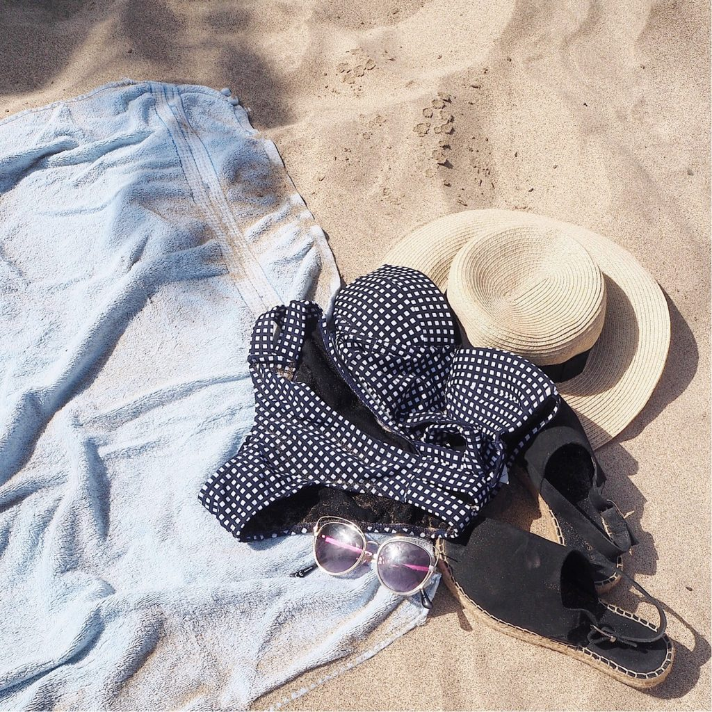 london based fashion blogger, london based style blogger, london based petite blogger, london petite style blogger, petite blogger, petite style blogger, london-based fashion blogger, holiday attire, holiday wishlist, holiday outfits, holiday 2017, lanzarote holiday, what i wore on holiday, what i wore on holiday in lanzarote, sandy bums